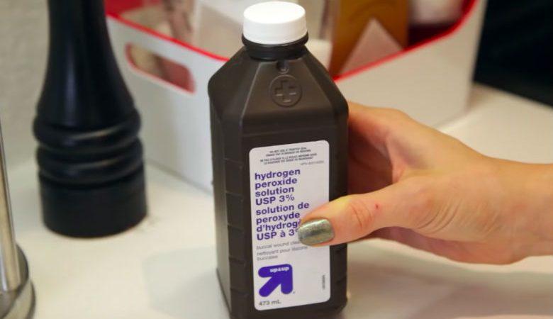 Redenen om een flesje waterstofperoxide in huis te hebben